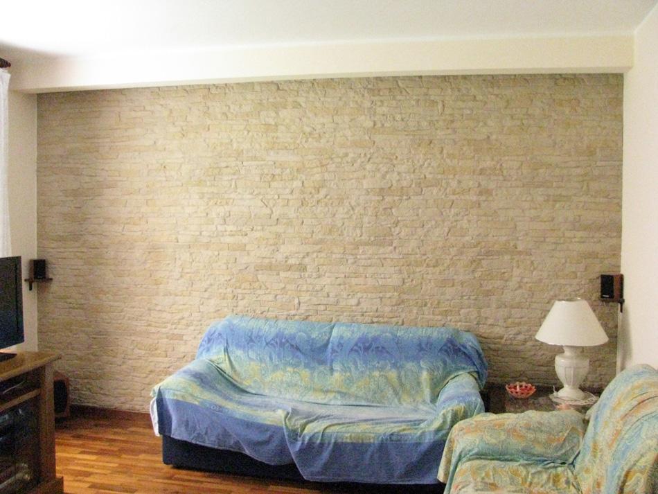 Rivestimento con pannelli in pietra ricostruita modello cortina 002 - Parete pietra ricostruita ...