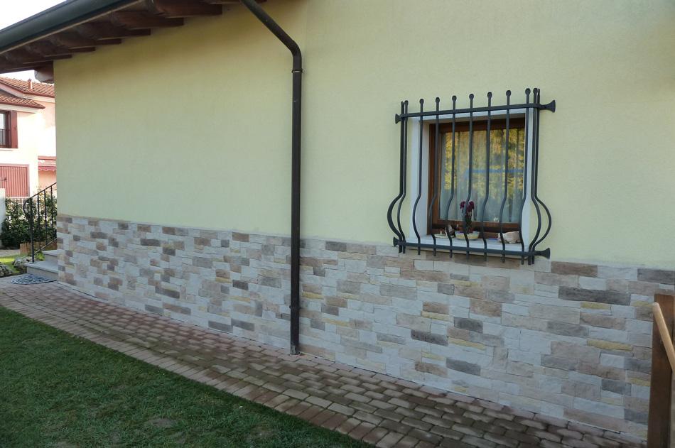 Rivestimento con pietra ricostruita modello assisi 004 for Pannelli polistirolo finta pietra mattoni